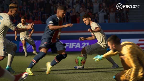 FIFA 21 soccer players going after the ball